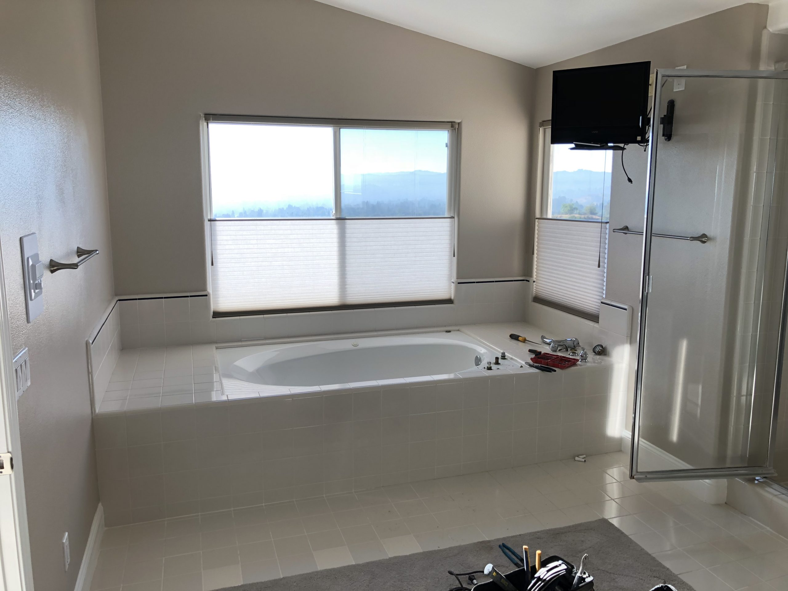 Bathroom remodeling in Woodland Hills CA - Los Angeles ...